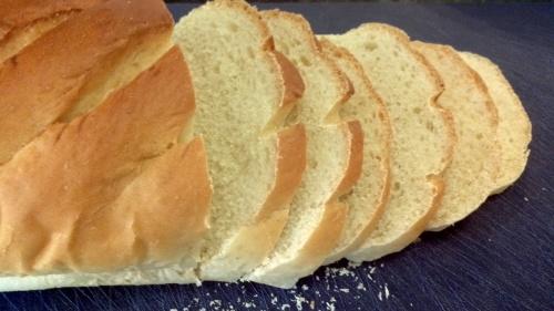 Prepare your bread. Cut it into thin slices and remove the crusts.