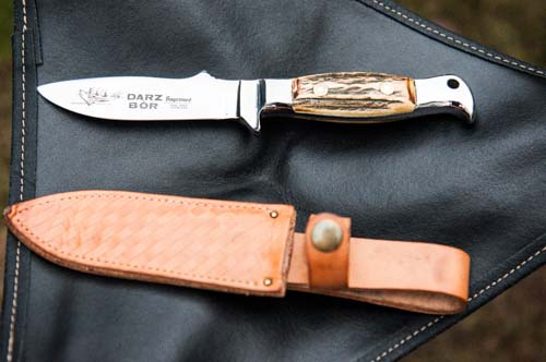 Dads current knife.  Classic case of form over function.