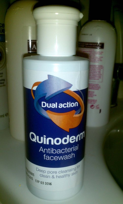 Quinoderm Antibacterial Face Wash Deep pore cleansing for clean and healthy skin
