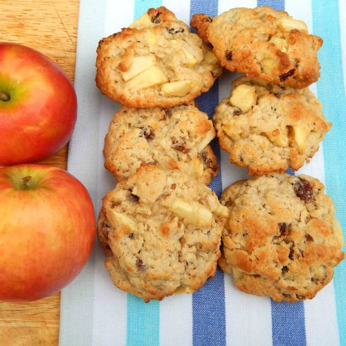 Apple and Oat Cookies