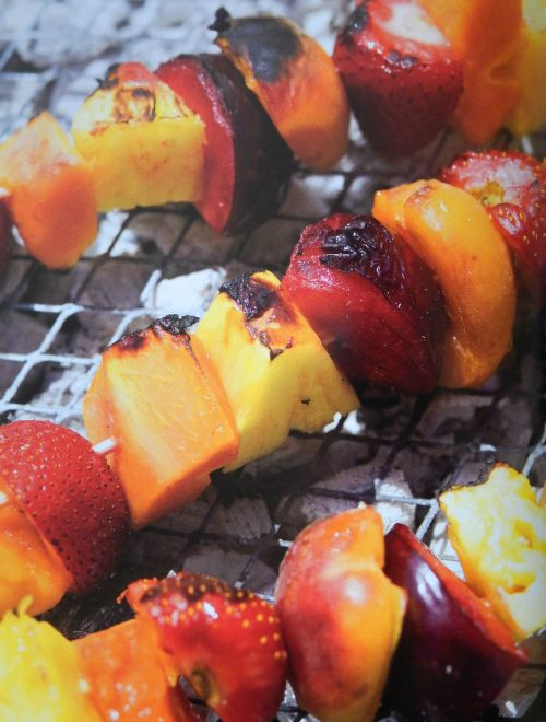 """Parragon Book Buddy – """"The Camping Cookbook"""" Fruit Skewers"""