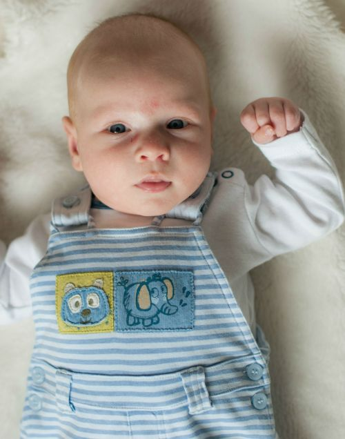 2. Baby #ootd – Comfy Dungarees