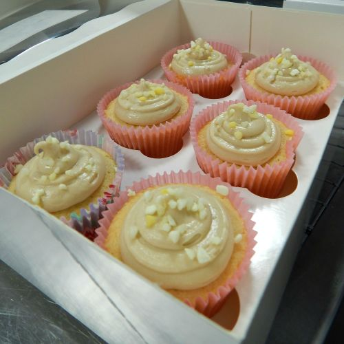 Lime & White Chocolate Cupcakes baked by Lucy from Supergolden Bakes