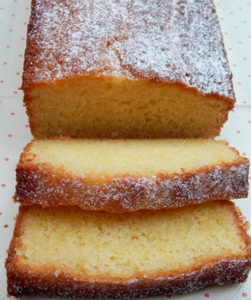 Quick & Easy Lemon Drizzle Cake