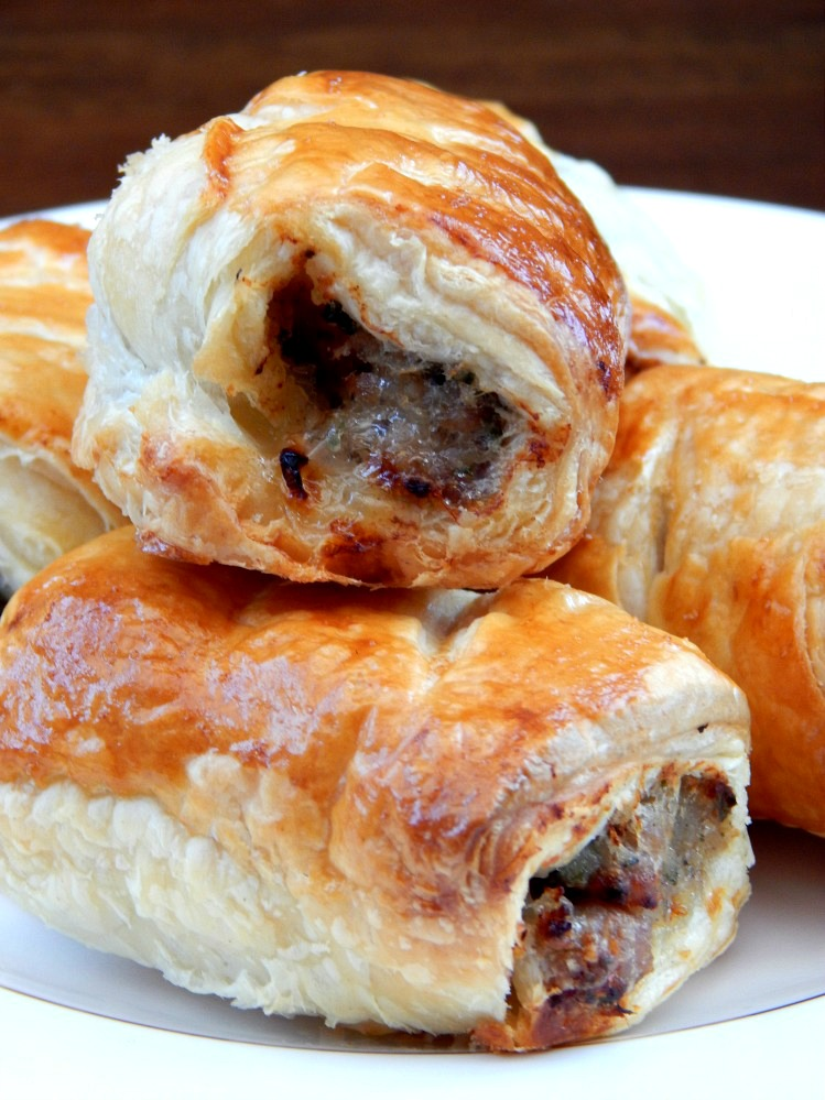 what s cooking quick and easy sausage rolls bark time. Black Bedroom Furniture Sets. Home Design Ideas